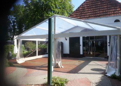 Transparante tent hotel restaurant De Zwarte Boer Leuvenum