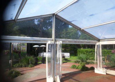 Transparante tent hotel restaurant De Zwarte Boer Leuvenum terras overkappingen huren