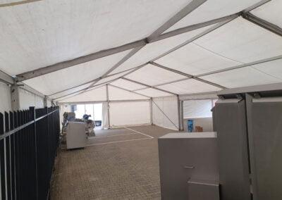Gekoppelde-tent-Elburg-NL-Tenten-Verhuur-binnen