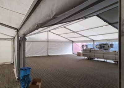 Gekoppelde-tent-Elburg-bedrijfsevent-NL-Tenten-Verhuur-binnen